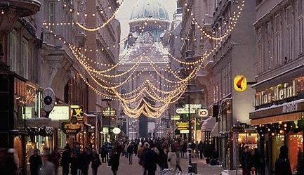 Hai la shopping in Austria! Sejur 4 nopti la <b>Hotel Delta 3* - Viena</b>, cu mic dejun inclus, cazare in camera dubla. <b>OFERTA SPECIALA</b>: cu un Voucher Slabute de 40 RON beneficiezi de <b>400 RON (96 EURO) reducere, astfel vei plati numai 129 EURO/persoana</b> in loc de 225 EURO. Stai 4 nopti si platesti numai pentru 3. Oferta limitata!, Poza 1