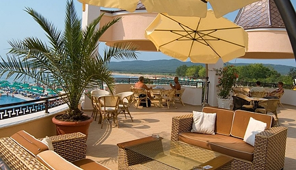 Vacanta de vis si relax total la <b>Duni Royal Resort - Hotel Marina Beach 5*</b>! Cumpara <b>voucherul de 22 ron</b> si <b>platesti doar 429 euro/persoana in camera dubla</b> in loc de 484 euro, pentru <b>un sejur de 7 nopti, all inclusive</b>. Copii sub 13 ani gratuit!, Poza 2