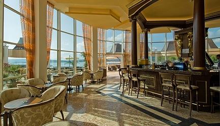 Vacanta de vis si relax total la <b>Duni Royal Resort - Hotel Marina Beach 5*</b>! Cumpara <b>voucherul de 20 ron</b> si <b>platesti doar 369 euro/persoana in camera dubla</b> in loc de 420 euro, pentru <b>un sejur de 7 nopti, all inclusive</b>. Copii sub 13 ani gratuit!, Poza 4