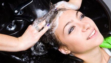 Iti doresti o schimbare de look? Stilistii de la Salon Sofisticat te asteapta cu noile tendinte 2012 in materie de hair styling. Ai un super pachet promotional cu <b>54% reducere</b> pentru <b>Tuns + Spalat + Coafat + Styling</b>, <b>numai 35 ron</b> in loc de 75 ron, Poza 4